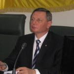 Николай Романюк хочет уволить 30 работников городского совета